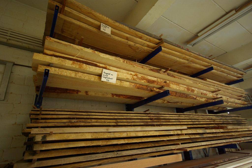 das Holzlager im Maschinenraum