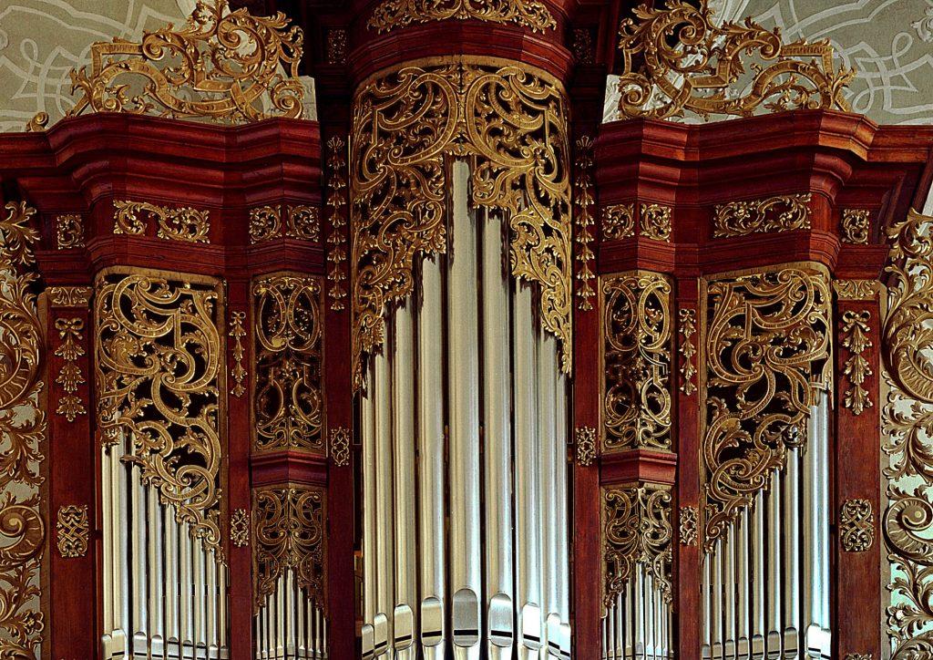 Prospektdetail der historischen Orgel in St. Bonifatius, Weißenohe, Deutschland