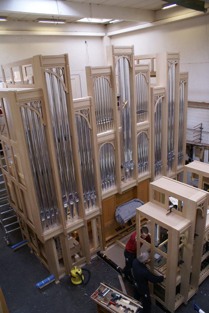 Werkstattmontage der Orgel für Strinda, Trondheim, Sør-Trøndelag, Norwegen