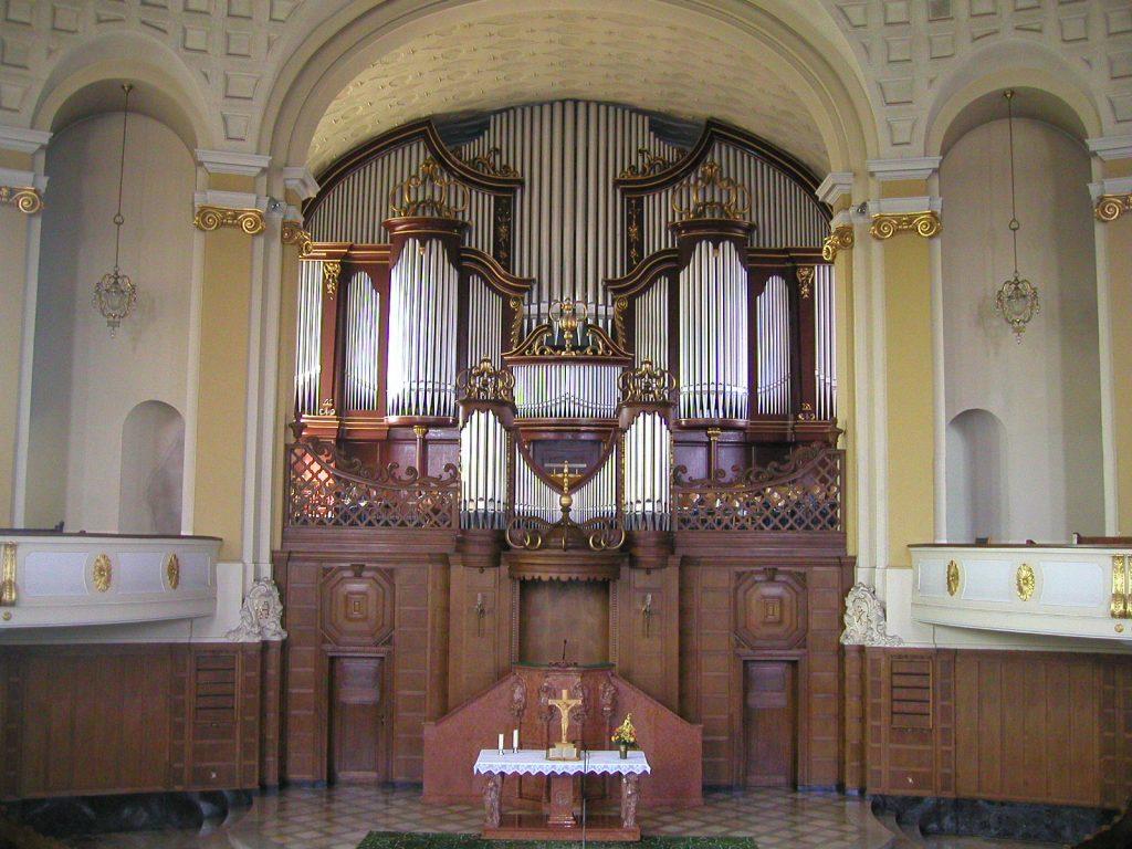 die Orgel der Versöhnungskirche in Völklingen, Saarland, Deutschland