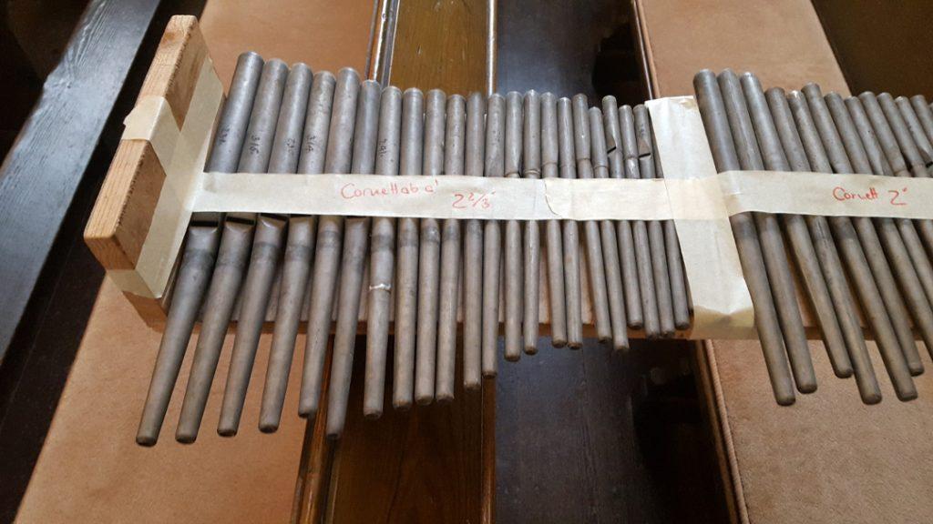 Liebfrauenkirche Jüterbog - Das Pfeifenwerk wurde ausgeräumt und zur Überarbeitung in die Werkstatt gebracht