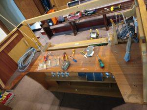 Manuale und Registertableaus der Orgel von St. Marien sind ausgebaut