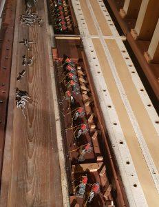 St. Matthias, Berlin: Die Tonmagnete der elektropneumatischen Kegelladen